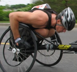 Wheelchair marathoner